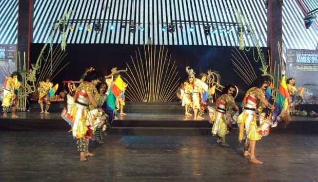 Melestarikan Budaya dan Seni Tradisional Dengan Pertunjukkan